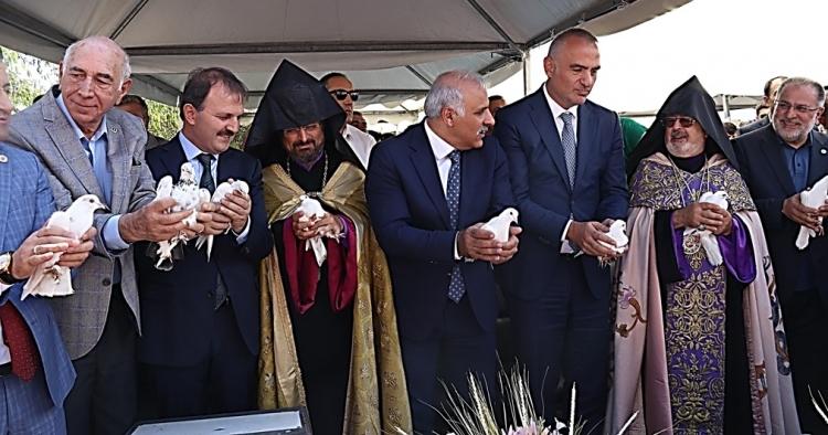 Yeni Ermeni açılımı mı