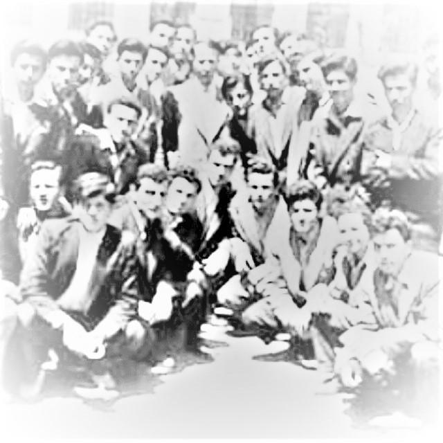 1931-1975 Yılları arasındaki Türkçü dergilerin temel meselesi: Gençlik inşası