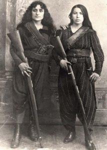 Ermeni çeteci kadınlar