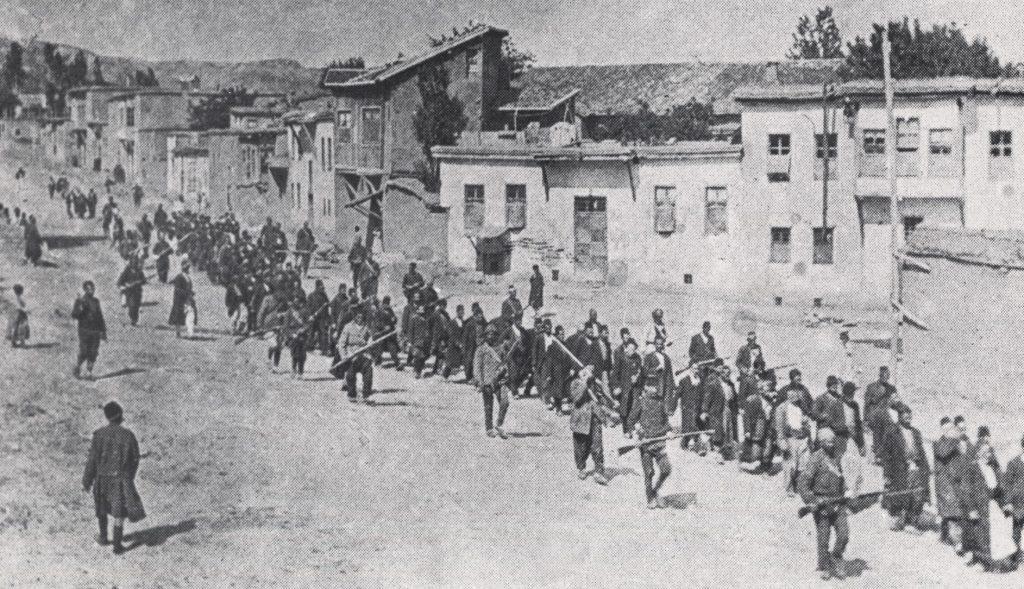 Tehcir Kanunu'nun metninde, bu kanunun sadece Ermenilere uygulanacağına dair bir kayıt bulunmamaktadır. Kanun'un muhatapları; Hükümet emirlerine itaat etmeyenler, silahlı direnmede bulunanlar ve düşmana casusluk yapanlardır.