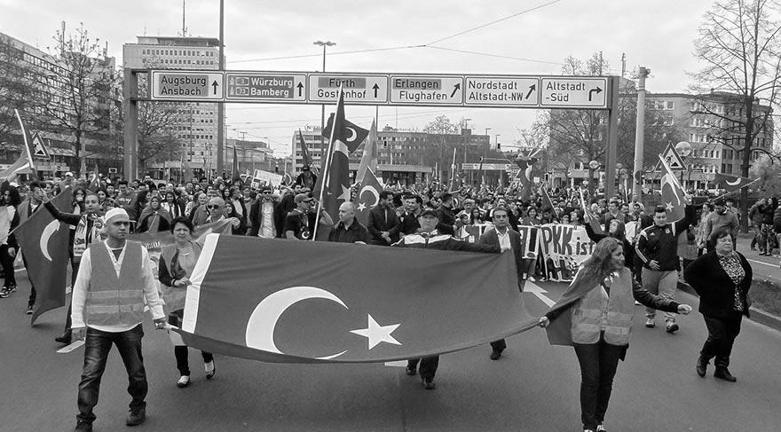 Diasporalı Ermenilere karşı ne yapmalıyız?