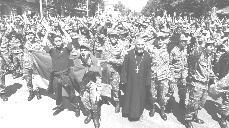 Ermenistan'da Kadife Devrimi ve Paşinyan'ın Son Kozu