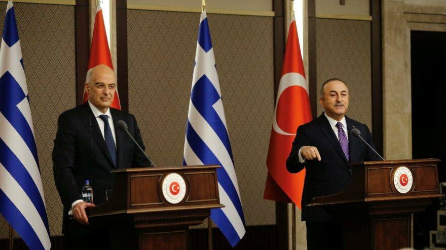 Yunanistan Dışişleri Bakanı Nikolaos Dendias ile Türk Dışişleri Bakanı Mevlüt Çavuşoğlu