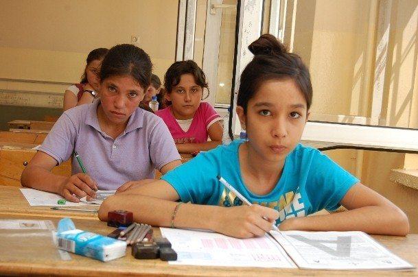 Karar Gazetesi: Çocuklarımızın zekâsı okulda geriliyor!