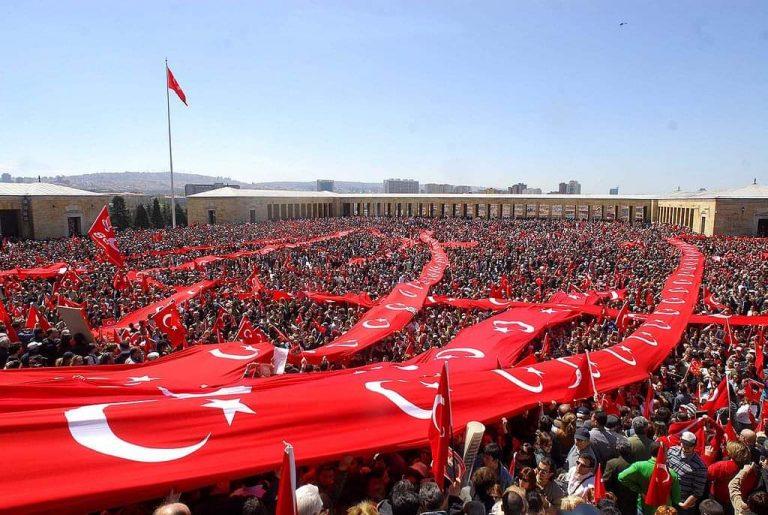 Türk Milleti Anıtkabir'de
