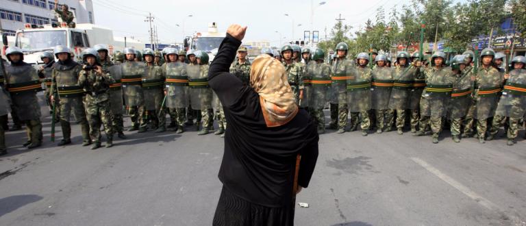 Çin zulmü altındaki Doğu Türkistan Türkleri