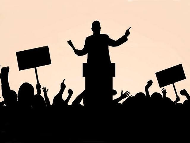 Tek başına demokrasi