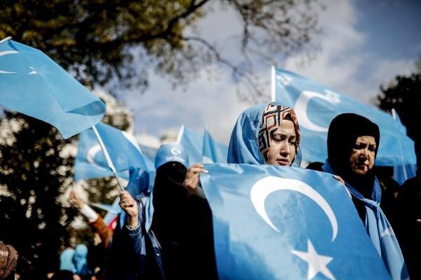 BBC, Uygur Türkü Müslümanların tutulduğu toplama kamplarına girdi