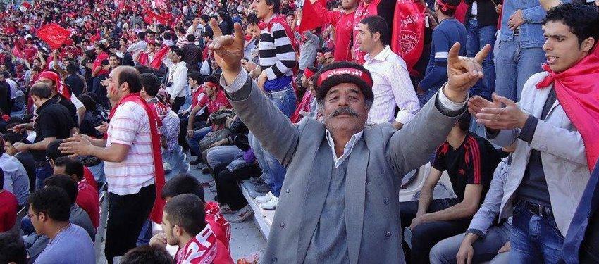 Güney Azerbaycan-Traktor Futbol Klübü taraftarları