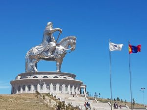 Moğolca ve Türkçe Üzerine