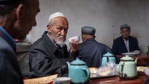 Çin'in Doğu Türkistan raporu: Uygurlar Türk kökenli değil