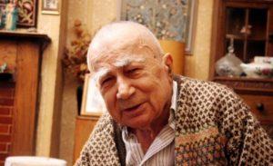 Cengiz Dağcı'yı rahmet ve özlemle anıyoruz