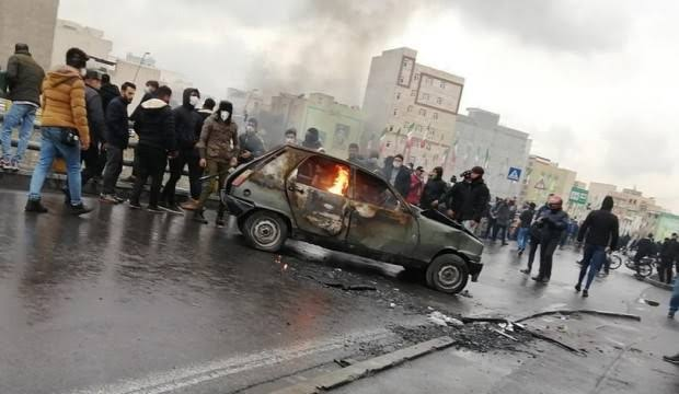 İran'daki olaylarda 106 kişi yaşamını yitirdi