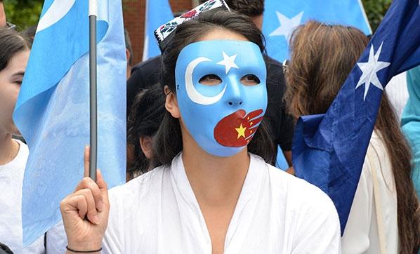 """Dünya Uygur Kongresi Raporu, Çin: """"Uygurlar Virüstür"""""""