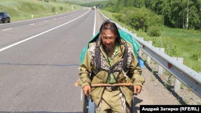 Garbişev, Putin'i devirmek için Moskova'ya yürüyor