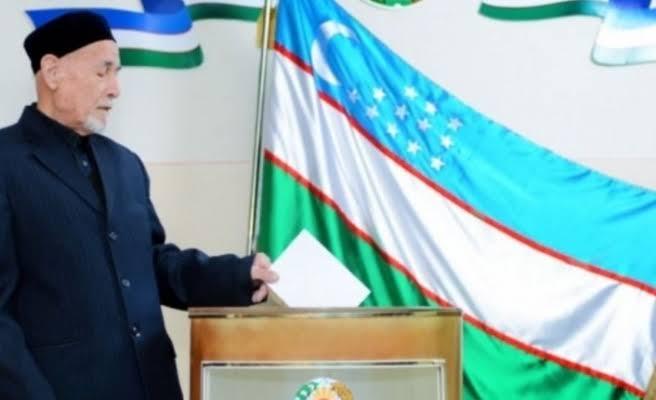 Özbekistan'da halk sandık başında