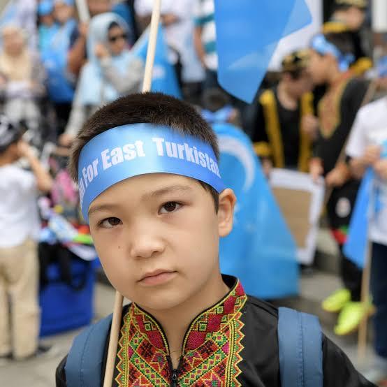 Doğu Türkistan'da Uygur Türklerine soykırım uygulanıyor