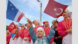 Stepan Kuroğlu kendi adını taşıyan lisede anıldı.