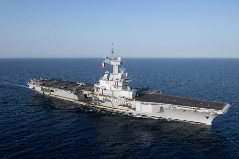Fransız Uçak Gemisi Limasol'de