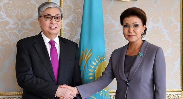Tokayev ve Nazarbayeva