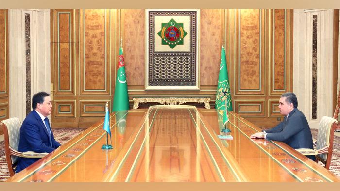 Türkmenistan Kazakistan