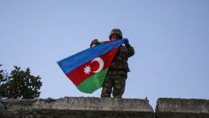 Azerbaycan Ermenistan'a ezici darbeler indiriyor