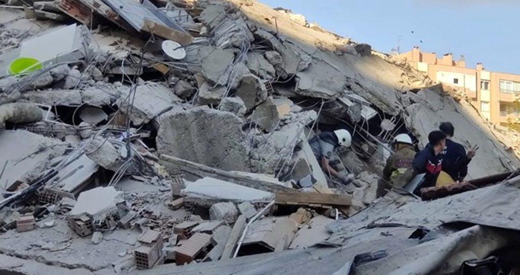 Üsküp Belediyesinden İzmir'e yardım eli