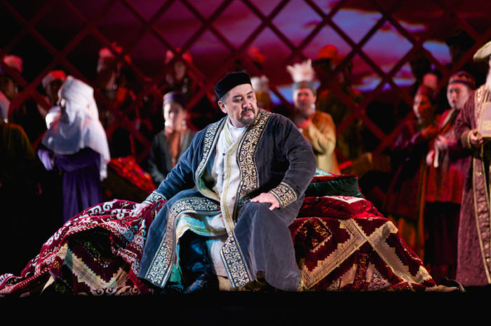 Kazak edebiyatının büyük ismi Abay Kunanbay anısına sergi açılıyor