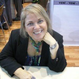 Mavisel Yener ile çocuk edebiyatı üzerine söyleşi