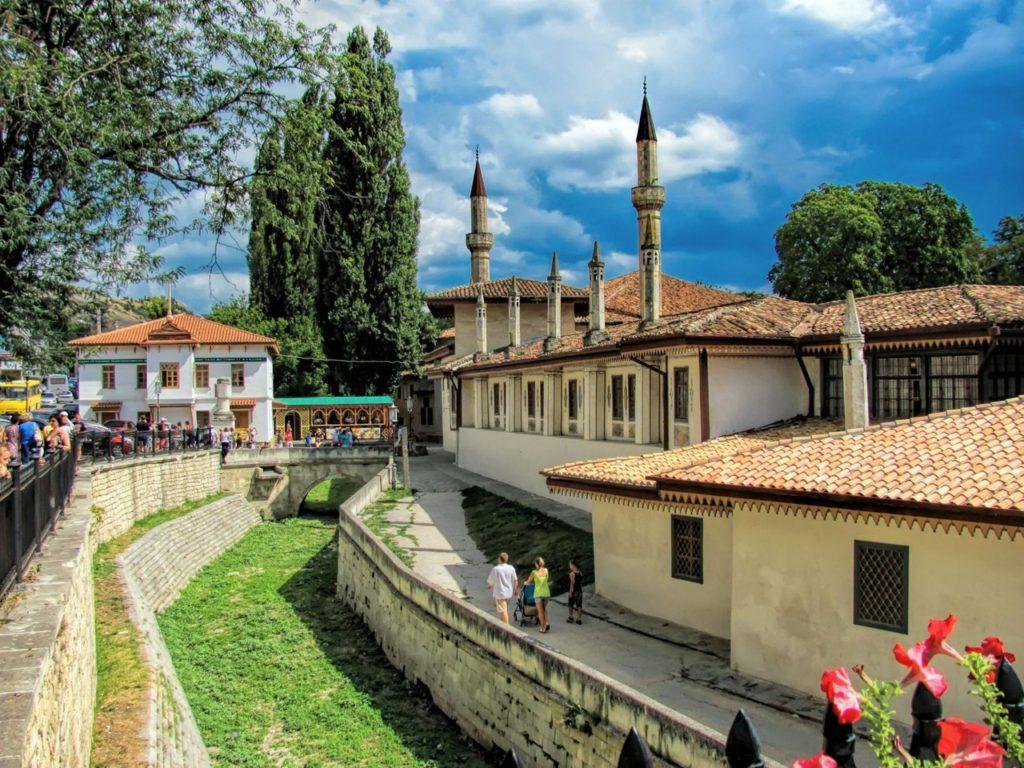Ukrayna, Kırım Han Sarayı'nı ulusal kültür mirası listesine ekledi