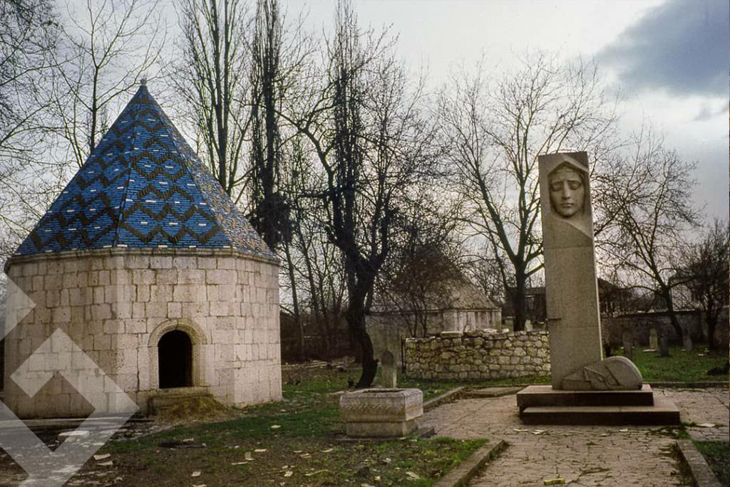 Ermeniler'in vandallığı bir kez daha belgelendi