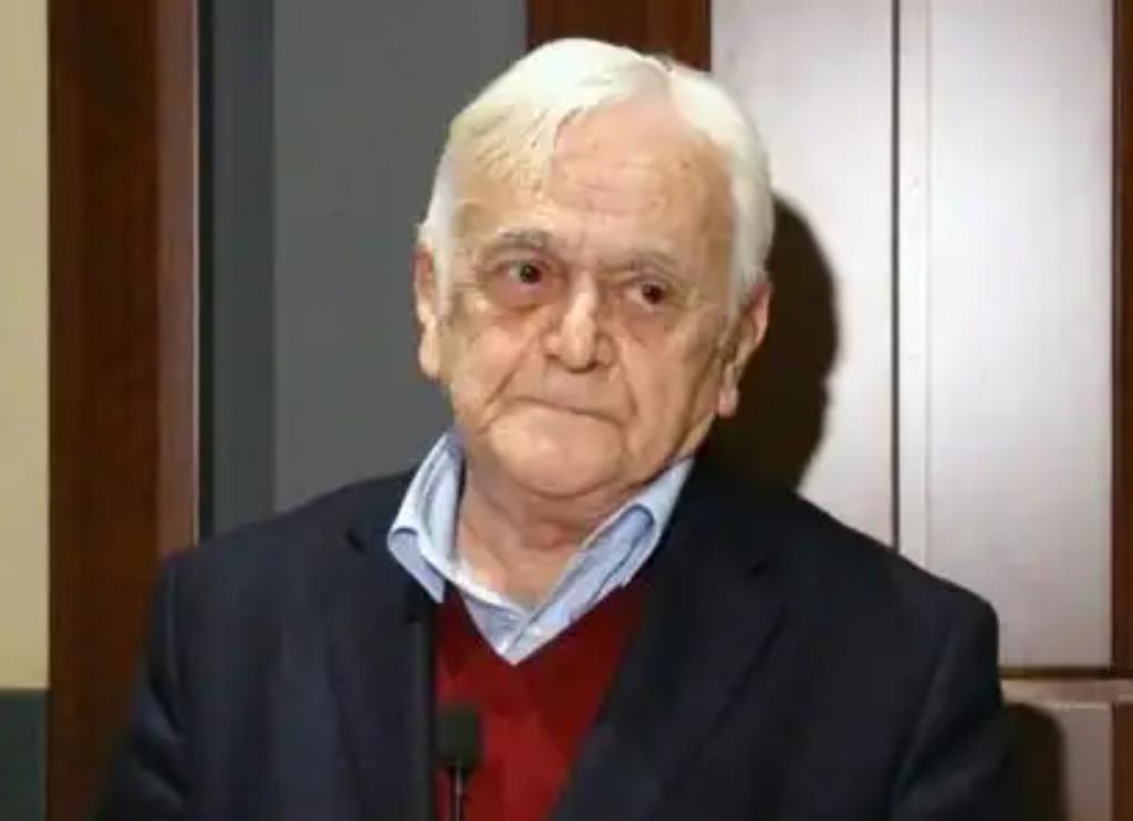 İktisat tarihçisi Mehmet Genç vefat etti